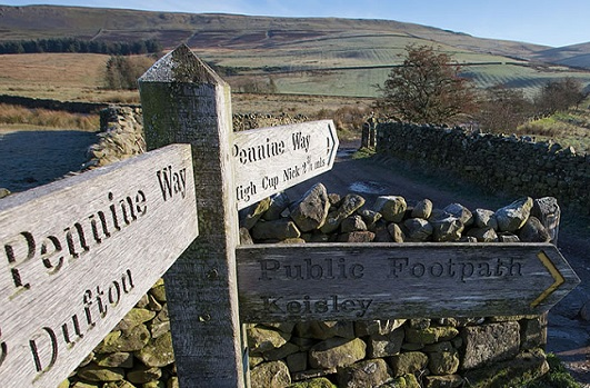 the pennine way walking route