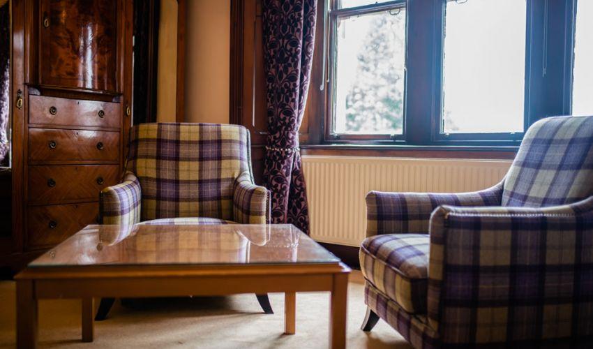manorhouseroom3